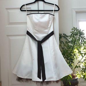 Jessica McClintok Strapless Dress